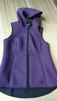 Gerry Women's Purple Outdoor Hooded Full Zip Fitted Lightweight Vest Size SMALL