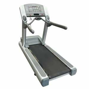 Life Fitness Silverline 95TI Treadmill *CLEARANCE* - Commercial Gym Equipment