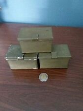 VINTAGE MK.1MILITARY BOX,SPARE SPRINGS,KEEP PINS,WASHERS ANDINSULATORS
