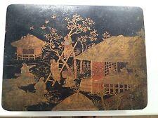 Coffret Napoléon III en bois laqué à décor japonais rouge et or