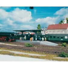 Estaciones de escala H0 PIKO para modelismo ferroviario
