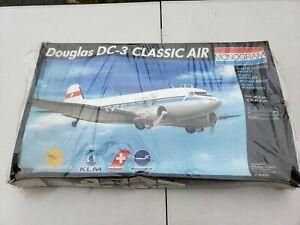 Monogram 1/48 Douglas DC-3 Classic Air Model Kit 74008. New sealed.