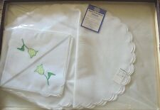 Vintage reproduction NEW set elegant embroidery placemats napkins gingham tulips