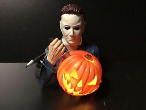 New Michael Myers LED Light Up Ceramic Statue Spirit Halloween Exclusive Prop