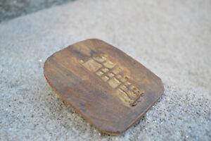 Petite plaque en Grès Céramique Signature à Identifier Dimensions: 10x8,5cm