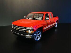 1999 Chevrolet Silverado Z71 1500 Red 1/18 Welly GMP Wheels