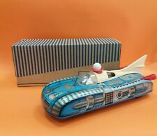 MINT VINTAGE OLD EUROPEAN SPACE TIN TOY ROCKET CAR HOLDAUTO BATTERY OPER + BOX