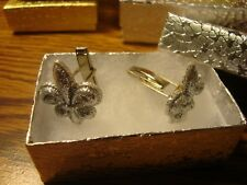 1 Pair  FLEUR DE LIS design Silver Glitter Silver Plated Cuff links W/Gift Box
