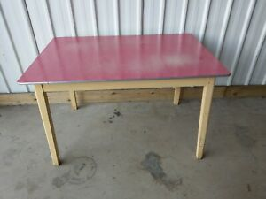 VINTAGE RETRO LARGE RED FORMICA DINING KITCHEN TABLE UK DELIVERY AVAILABLE a