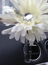 IVORY  SHAGGY GERBERA & DRAGONFLY VW FLOWER YANKEE CANDLE SCENT CAR VENT VASE