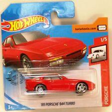 Hot Wheels 2020 #47 '89 Porsche 944 Turbo rojo