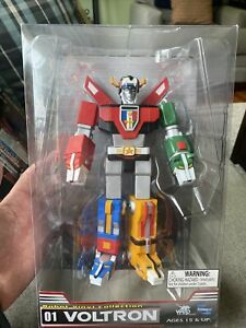 """Voltron Robot Vinyl Lion Collection 01 WEP Toynami World Event Production 9"""""""
