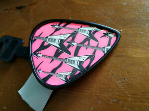 13123) Guitar pick shaped belt buckle pink w guitar design BNWT 7cm x 8cm