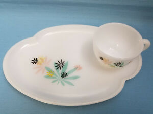 Mid Century Milk White Glass Snack Lunch Sandwich Set Plate Cup Pink Black