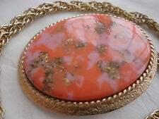 "1974 ""Coraline"" sign SARAH COV CANADA pink faux agate pendant necklace / brooch"