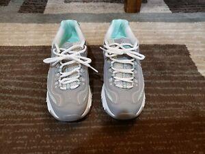Womens shoes skechers memory foam size 7