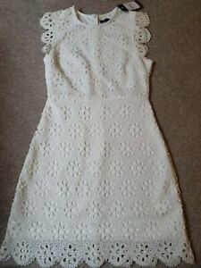 new look  off-white lace shift dress size 8. BNWT