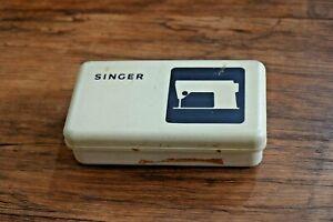 Vintage Retro Singer plastic box w/ sewing accessories retro UK SELLER