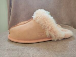 Ladies Ugg Scufette Slippers, Peach Colour, UK Size 4