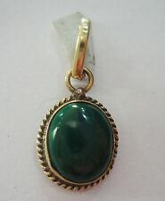 Natural 5.25 Ratti Green Kidney Stone Malachite Pendant In Panchdhatu Metal