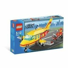 Lego Town City  Post Office 7732 Postal Plane New Sealed