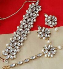 Indian Ethnic Pearl Kundan Choker Set Earrings & Maangtikka