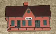 Cats Meow Village Wilton Railway Depot Liberty Street Gentle Use Faline 1993