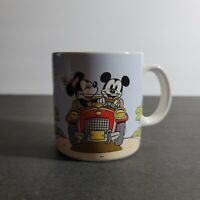 Walt Disney Applause Mug 12oz Mickey and Minnie Mouse In Car Driving Vintage