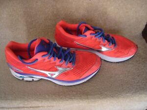 Mizuno Wave Rider 20 UK 5 Women's Road Running Shoes orange/purple