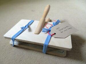 """Wooden hand carder for wool fleece - External size 8"""" x 5"""""""