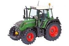 Traktor Modellautos, - LKWs & -Busse aus Kunststoff im Maßstab 1:32