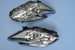 For Toyota Prius 6/2009 Headlights Headlamps Lighting 1 Pair O/S & N/S white