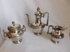 Service à café métal argenté  cafetière sucrier crémier décor rinceaux feuillagé