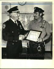 1981 Press Photo Police Officer of the Month Officer Paul Ciurcina & other