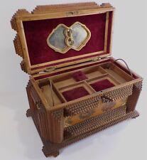 Rare et Superbe Ancienne boîte de bagnard de 32 cm