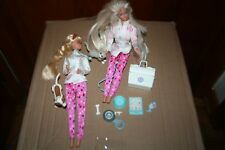 Pet Doctor Barbie(2) Blonde Mattel 1996 With Puppy and Kitty and assessoraries