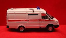 Modellauto/ Krankenwagen UDSSR GAZ 32214/  De Agostini /OVP