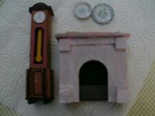cheminée et horloge comtoise pour  maison de poupée