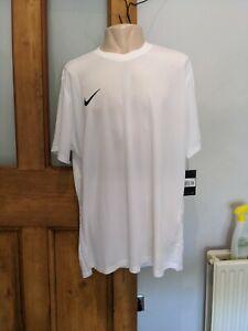 Nike white dri fit t shirt size xxl