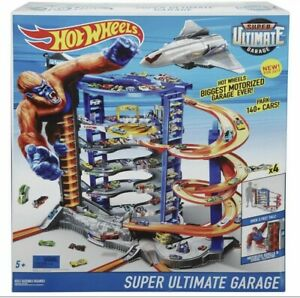 HOT WHEELS SUPER ULTIMATE GARAGE Play Set - BRAND NEW!