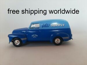 1/43 O scale ERTL 1950 Chevrolet 3105 panel van Deli truck