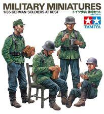 Tamiya 35129 - 1/35 Figuren Set WWII Deutsche Soldaten In Pause - Neu