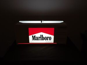 "VINTAGE 24"" X 8"" X 10"" HIGH 2001 MARLBORO CIGARETTES  TABLE TOP LIGHT UP SIGN"