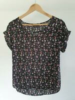 Atmosphere Womens Size 8 Casual Black Floral Print Short Sleeve V-Neck Top EUC
