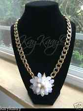 NEW Vetta Ivory White Lone FLOWER STATEMENT NECKLACE Gold Link Chunky HOLIDAY