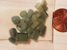 Turmalina 25.5 Quilates Facetado Rough Preforms Verde y Azul Mediano a Oscura