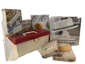 Large Lot of Wilton Cake Decorating Materials (7 Items)