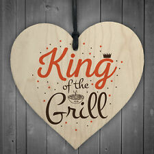 King Of The Grill Cooking Kitchen Garden BBQ Dad Gift Novelty Wood Heart Plaque