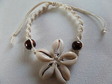 CREAM SHELL DAISY & MACRAME CORD BEADS CORD BRACELET adjustable New voile pouch
