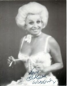 Barbara Windsor Carry On Films Actress Signed 10x8 B/W Photo Autographed